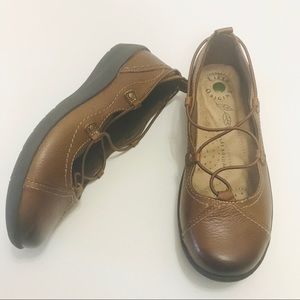 Earth Origins London Brown Leather Loafer Flat 7.5